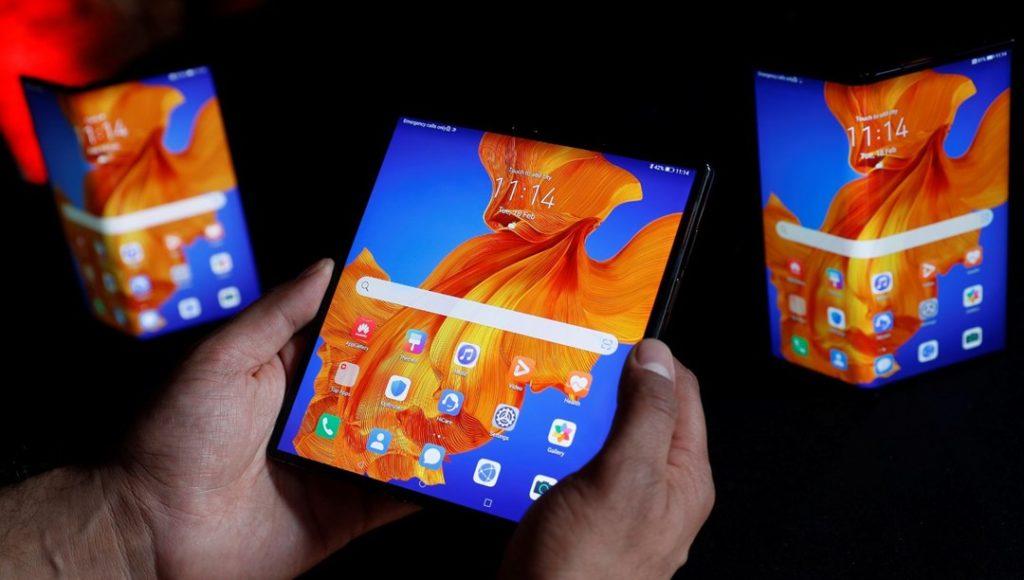 Huawei Mate XS katlanılabilir telefon