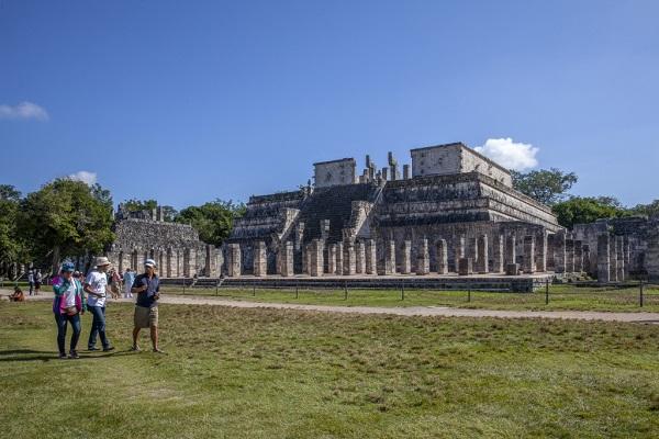 Chicken İtza'da bulunan Savaşçılar Tapınağı