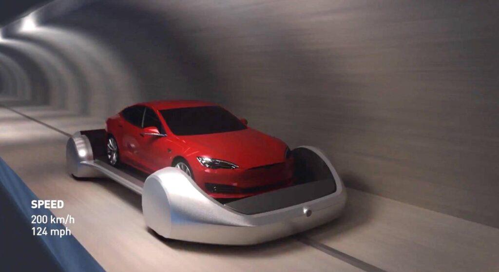 Arabalar saatte 200 km hıza ulaşıyor.